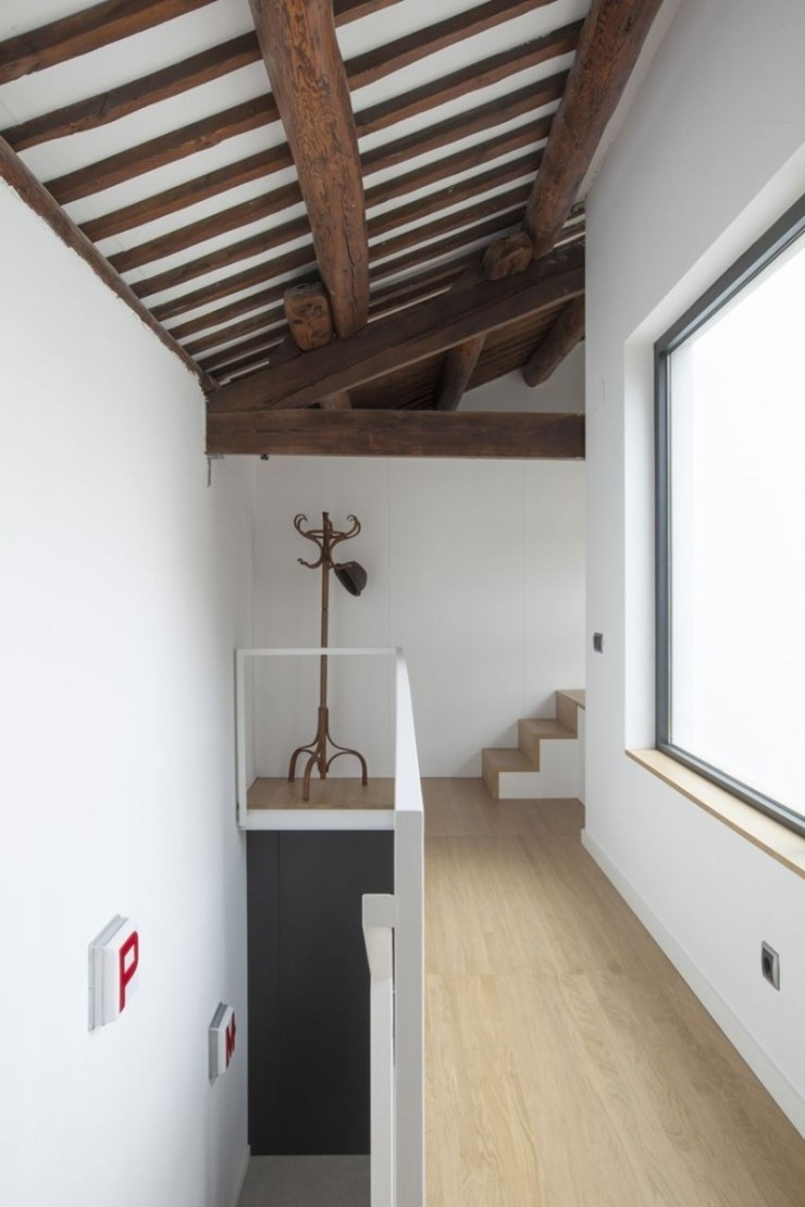 casa-ov-by-costa-calsamiglia-arquitecte-05-1