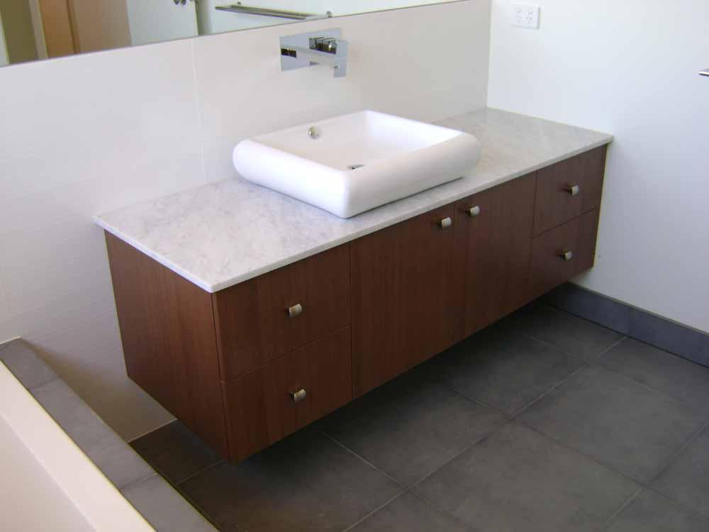 wooden-base-vanity-unit-8df