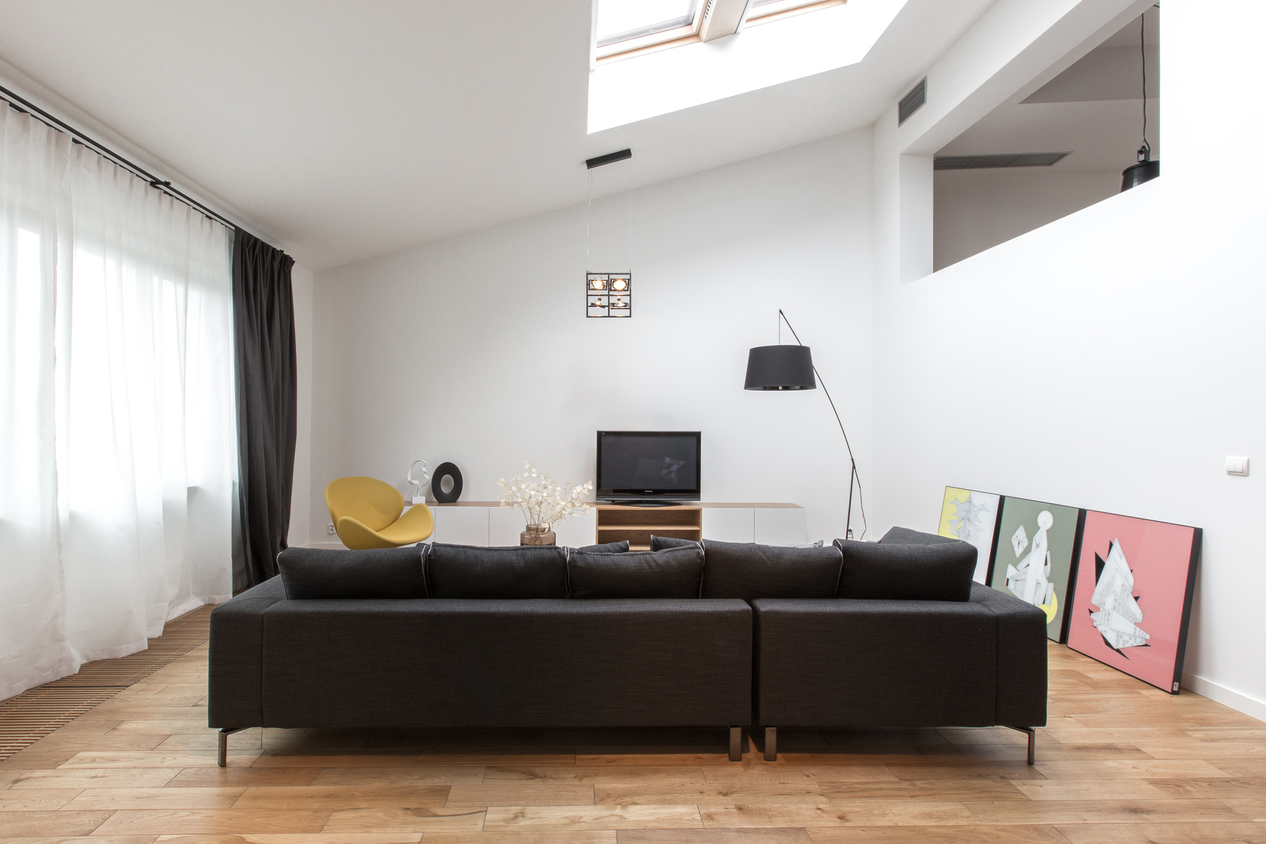 black-leather-sofa