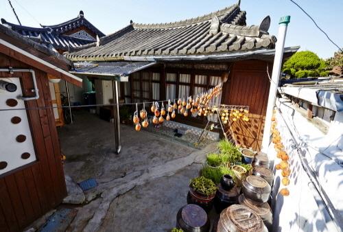 korean-historical-residence-1