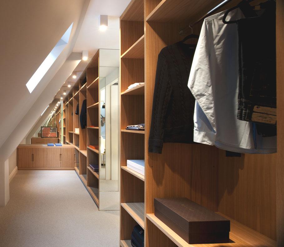 walk-in-closet-on-loft