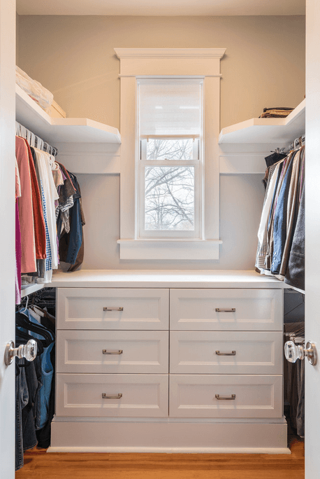 closet-w-hanging-space-and-drawers