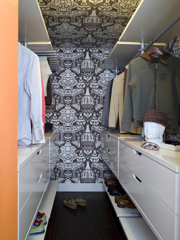 narrow-walk-in-closet