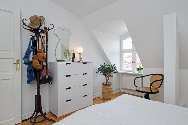 scandinavian-apartment-attic-loft-plhometal-14-1
