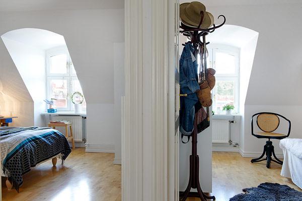scandinavian-apartment-attic-loft-plhometal-15-1