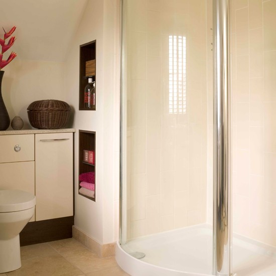 storage-solutions-for-small-spaces-bathroom-1