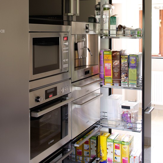 storage-solutions-for-small-spaces-kitchen-1