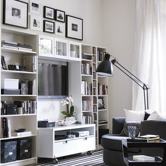 storage-solutions-for-small-spaces-living-room-1