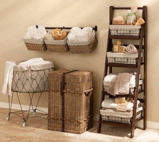 bathroom-ladder-set-up-wood