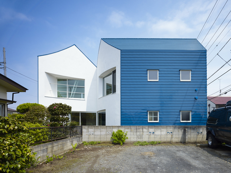 snapped-house-in-saitama-japan-4
