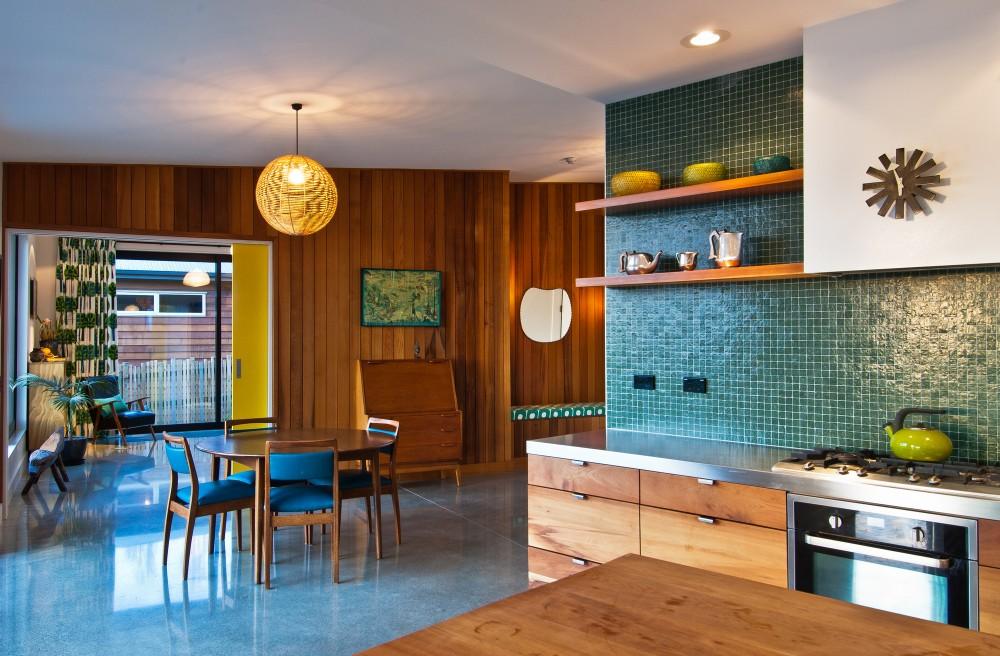 inside-nelson-house