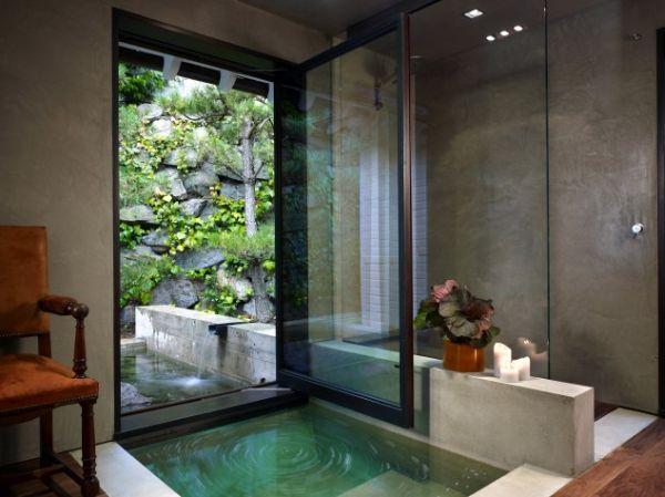 japanese-modern-underground-bathtub-view