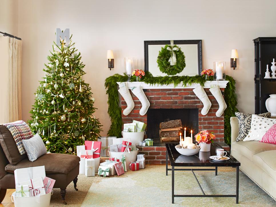 rx-hgmag006_holiday-ready-rooms-130-a_s4x3-jpg-rend-hgtvcom-966-725